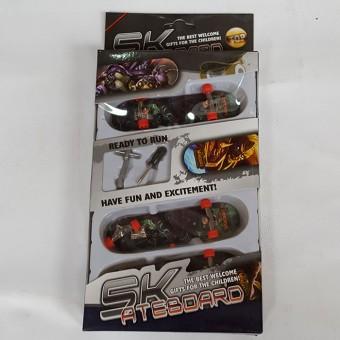 Фингерскейт набор на картоне ( 3 вида скейта ) 606