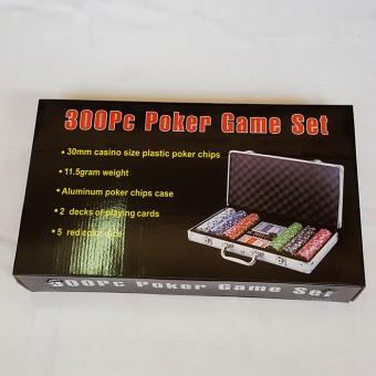 """Игра """"Покер"""" в металлическом кейсе на 300 фишек/F04451"""